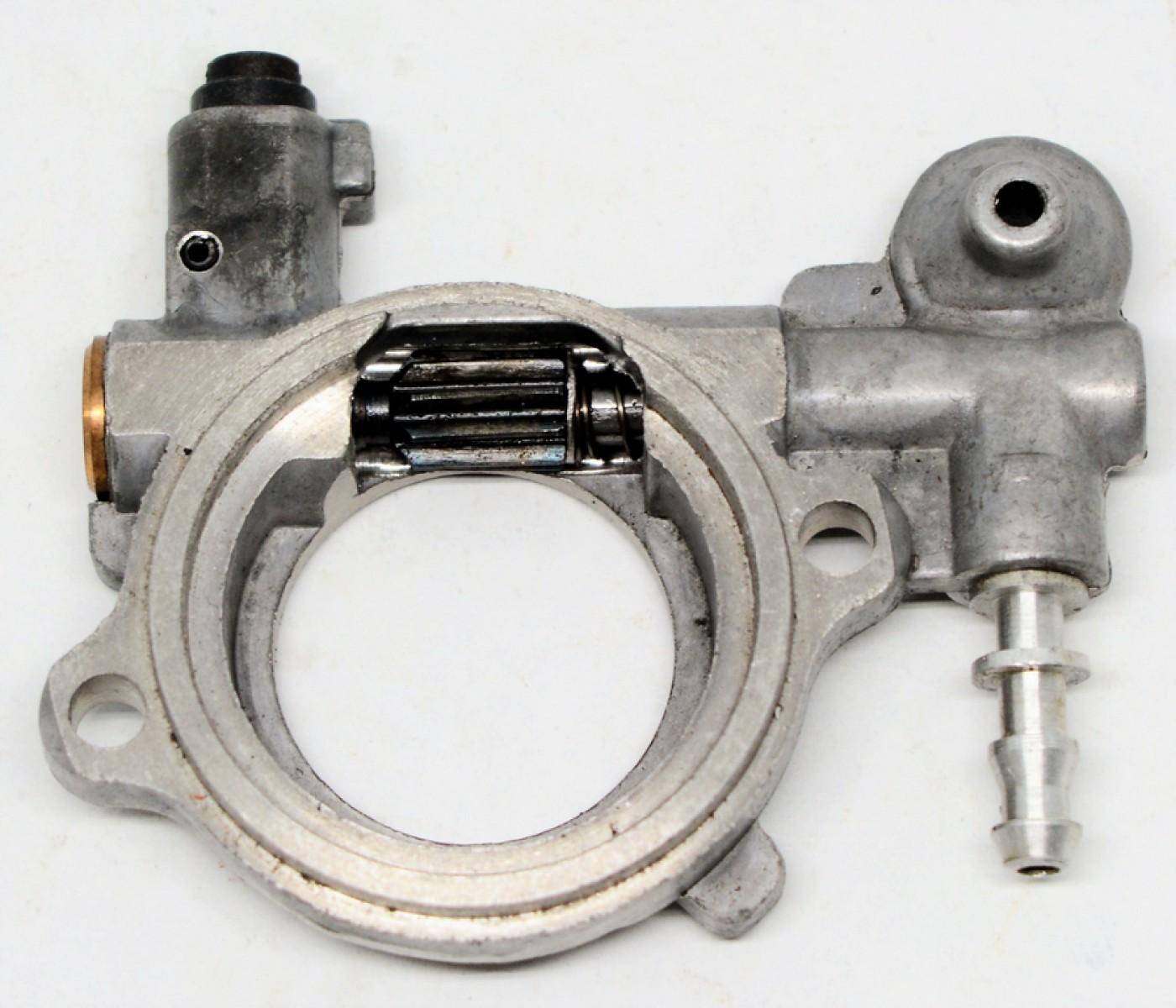 Olejové čerpadlo Stihl MS260 MS240 026 024