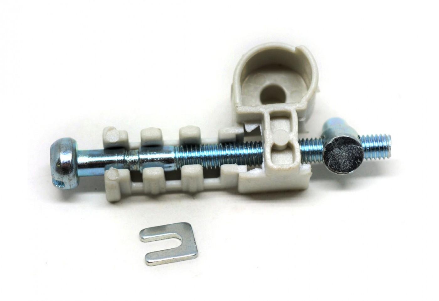Napínák řetězu Stihl MS170 MS180 017 018