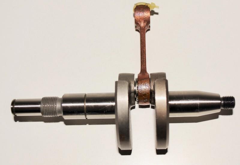 Kliková hřídel Stihl MS 170 017