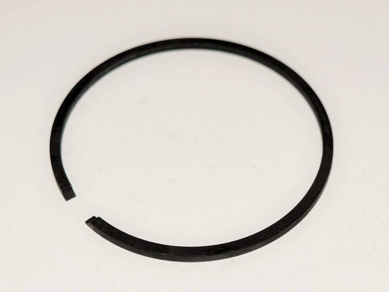 Pístní kroužek Husqvarna 353 - 45 mm